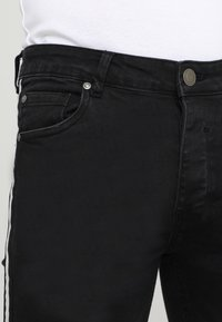 Brave Soul - RONNIE - Jeans Skinny Fit - charcoal - 3