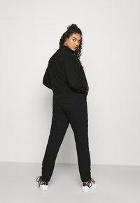 Missguided Plus - LACE UP DETAIL JACKET - Denim jacket - black - 2