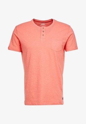 BRIAN - Print T-shirt - red