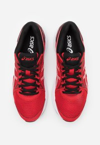 ASICS - JOLT 2 - Neutral running shoes - classic red/white - 3