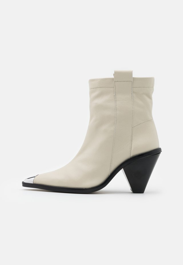 MELLIE TOE CAP - High heeled ankle boots - buttermilk