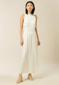 IVY & OAK - DELIA - Maxi dress - snow white - 0