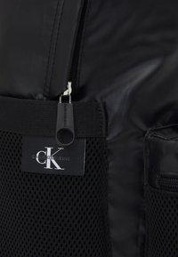 Calvin Klein Jeans - CAMPUS - Batoh - black - 3