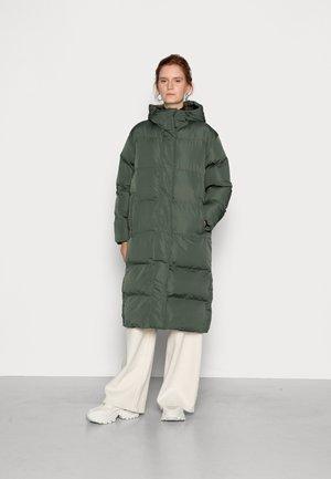 STUDIOS LONGLINE DUVET COAT - Winter coat - thyme