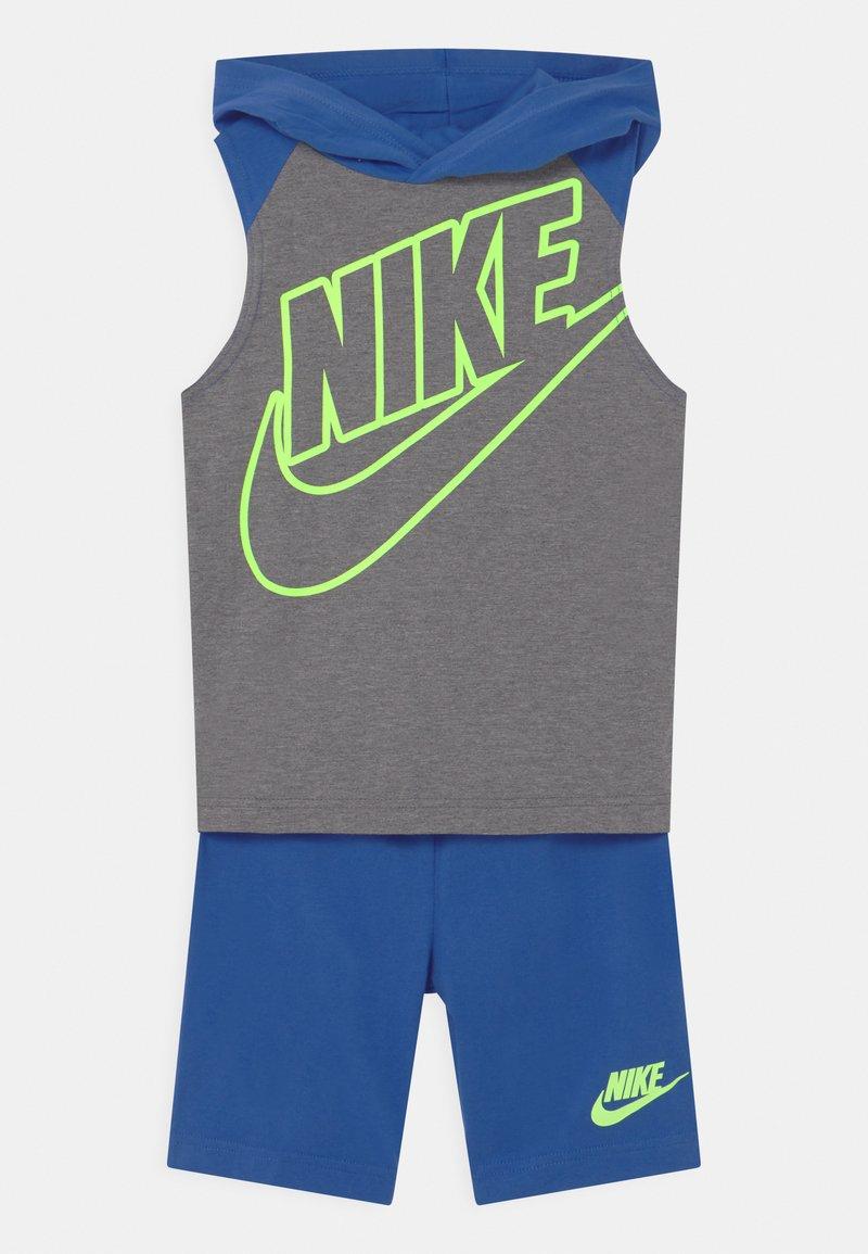 Nike Sportswear - NIGHT GAMES MUSCLE SET - Top - game royal