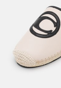 Coach - CHANNING - Mules - offwhite - 6
