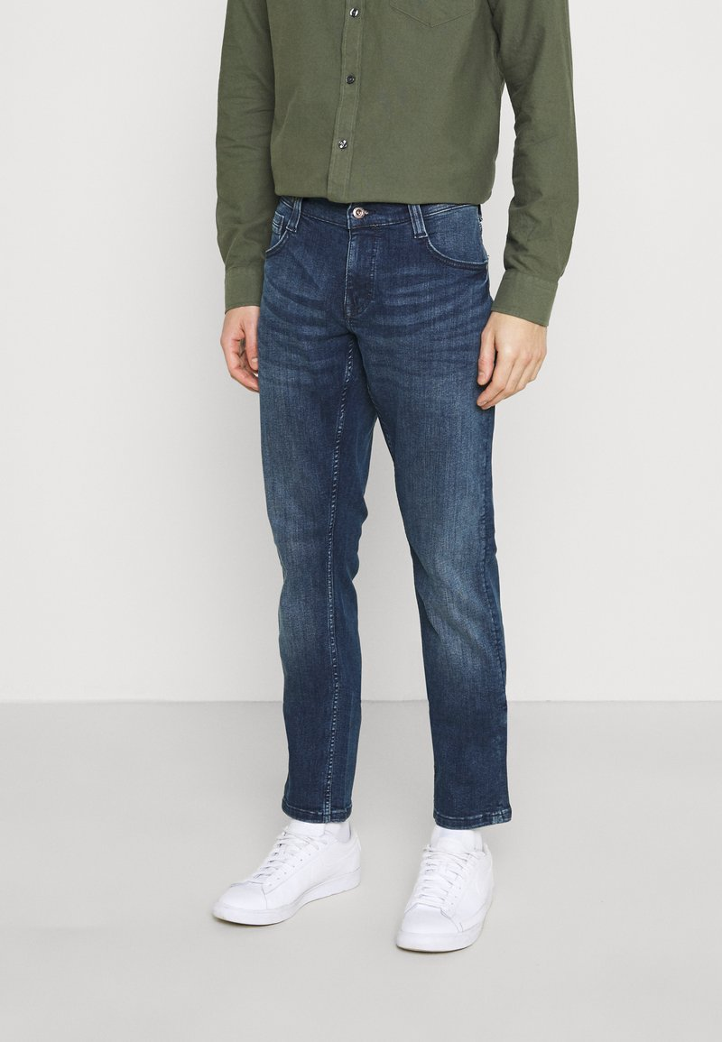 Mustang - OREGON  - Jeans Tapered Fit - denim blue