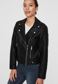 Vero Moda - VMKERRIULTRA  - Faux leather jacket - black - 3