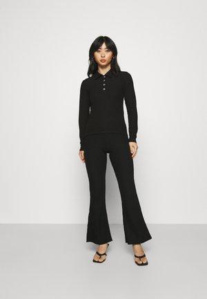 ONLNELLA PANT SET - Kalhoty - black