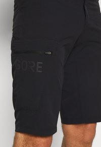 Gore Wear - WEAR PASSION SHORTS MENS - Sports shorts - black - 3