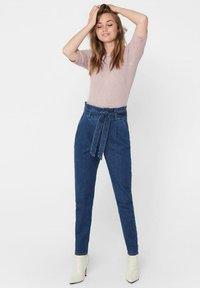 ONLY - REGULAR FIT ONLPOPTRASH PAPERBAG - Straight leg jeans - dark blue denim - 1