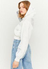 TALLY WEiJL - REFLEKTIERENDE - Outdoor jacket - white - 2