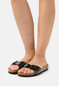 Tamaris - Slippers - black - 0