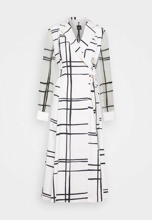 EFFIGE - Shirt dress - bianco