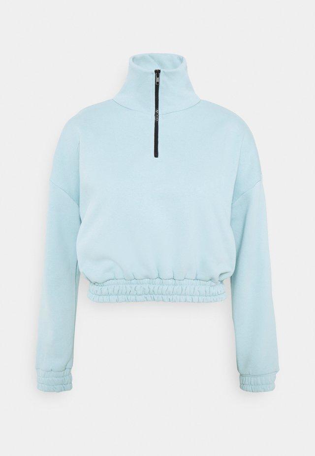 Sweatshirt - baby blue