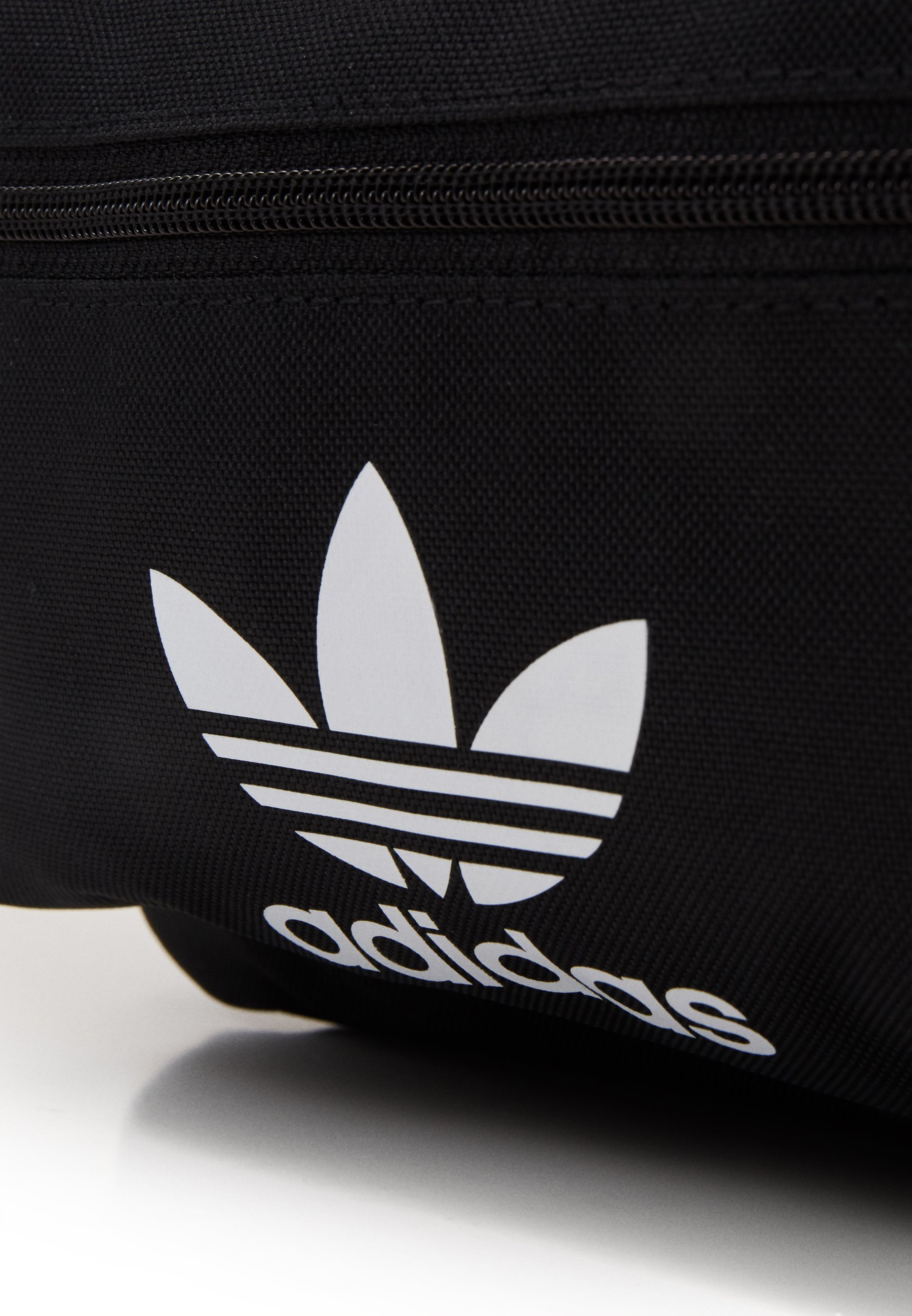 adidas Originals SMALL ADICOLOR BACKPACK - Ryggsekk - black/svart 1zV6yllaa2XMxdC