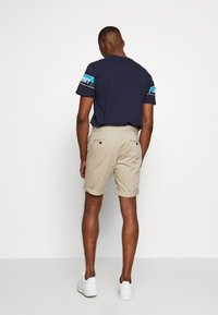 Tommy Jeans - ESSENTIAL - Shorts - stone - 2