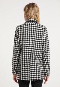 DreiMaster - Short coat - hahnentritt - 2