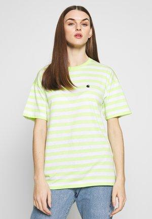 SCOTTY - Camiseta estampada - lime / white