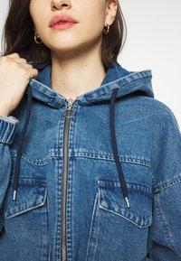 BDG Urban Outfitters - PATCH POCKET JACKET - Denim jacket - mid vintage - 6