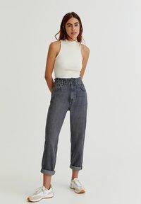 PULL&BEAR - Straight leg jeans - black - 1