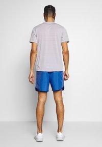 Nike Performance - SHORT - kurze Sporthose - pacific blue/reflective silver - 2