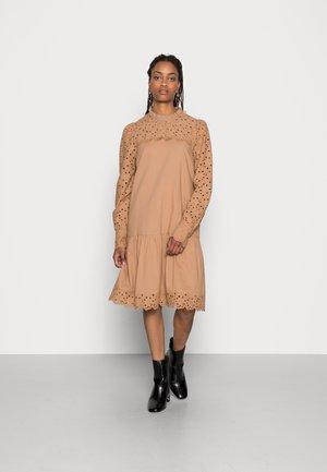 JOFA DRESS  - Day dress - tannin