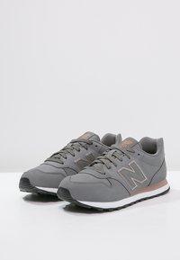 New Balance - GW500 - Trainers - grey - 2