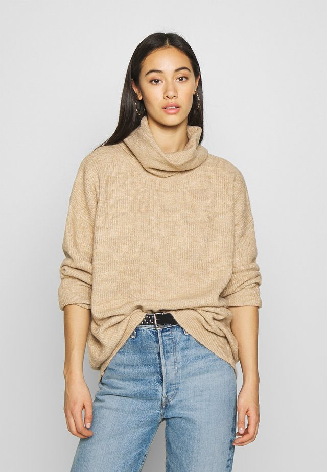 SLOUCHY ROLL NECK JUMPER - Sweter - camel