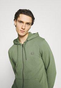 Esprit - Zip-up hoodie - light khaki - 3