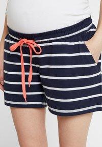 MAMALICIOUS - MLPERA - Shorts - navy blazer/snow - 4
