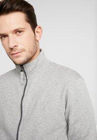 Esprit - Bluza rozpinana - medium grey - 4