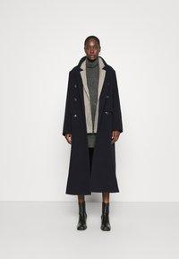 Abercrombie & Fitch - TEXTURAL CREW DRESS - Jumper dress - dark gray heather - 1