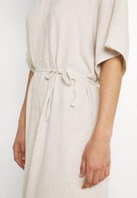 Weekday - CORINNA DRESS - Abito a camicia - beige - 6