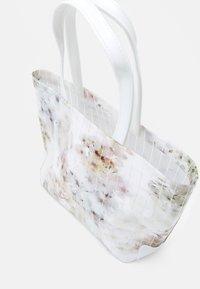 Ted Baker - SAZICON - Handbag - ivory - 2