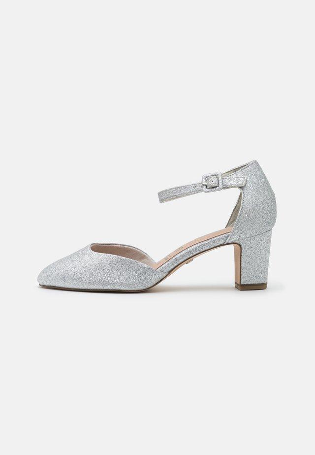 Tacones - silver glam