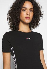 Fila - TANIEL TEE DRESS - Žerzejové šaty - black - 3