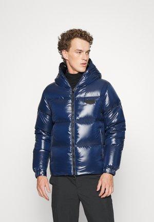 AUVA KISS - Gewatteerde jas - dark blue