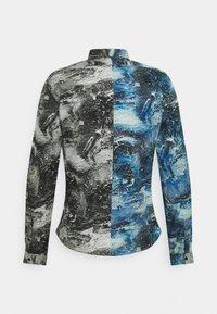 Twisted Tailor - MCAVOY SHIRT - Vapaa-ajan kauluspaita - blue black - 1
