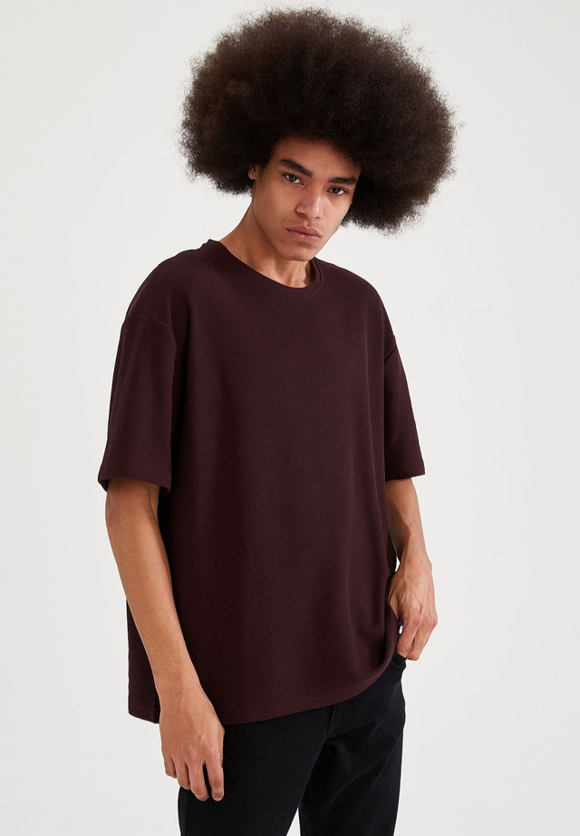 OVERSIZED - T-shirt basic - bordeaux