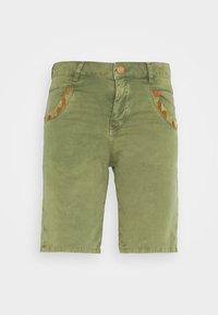 Mos Mosh - DECOR - Shorts - oil green - 4