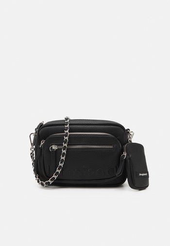 EMBOSSED HALF SET - Across body bag - black