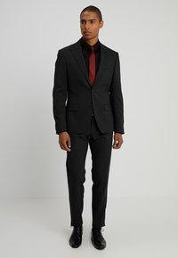 Armani Exchange - Formální košile - black - 1