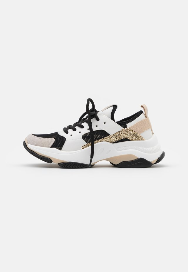 AJAX - Sneakers - white/gold