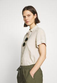 Marc O'Polo - BLOUSE SHORT SLEEVED BUTTON THROUGH STYLE - Button-down blouse - beige - 3