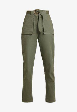 POCKET CIRCLE BELT CIGARETTE - Trousers - khaki