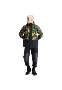 Timberland - CAMO ARCHIVE MOUNTAIN TRAIL - Leichte Jacke - duffel bag/wheat boot house camo-black - 1