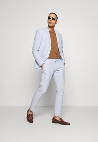 Isaac Dewhirst - PLAIN WEDDING - Completo - blue - 1