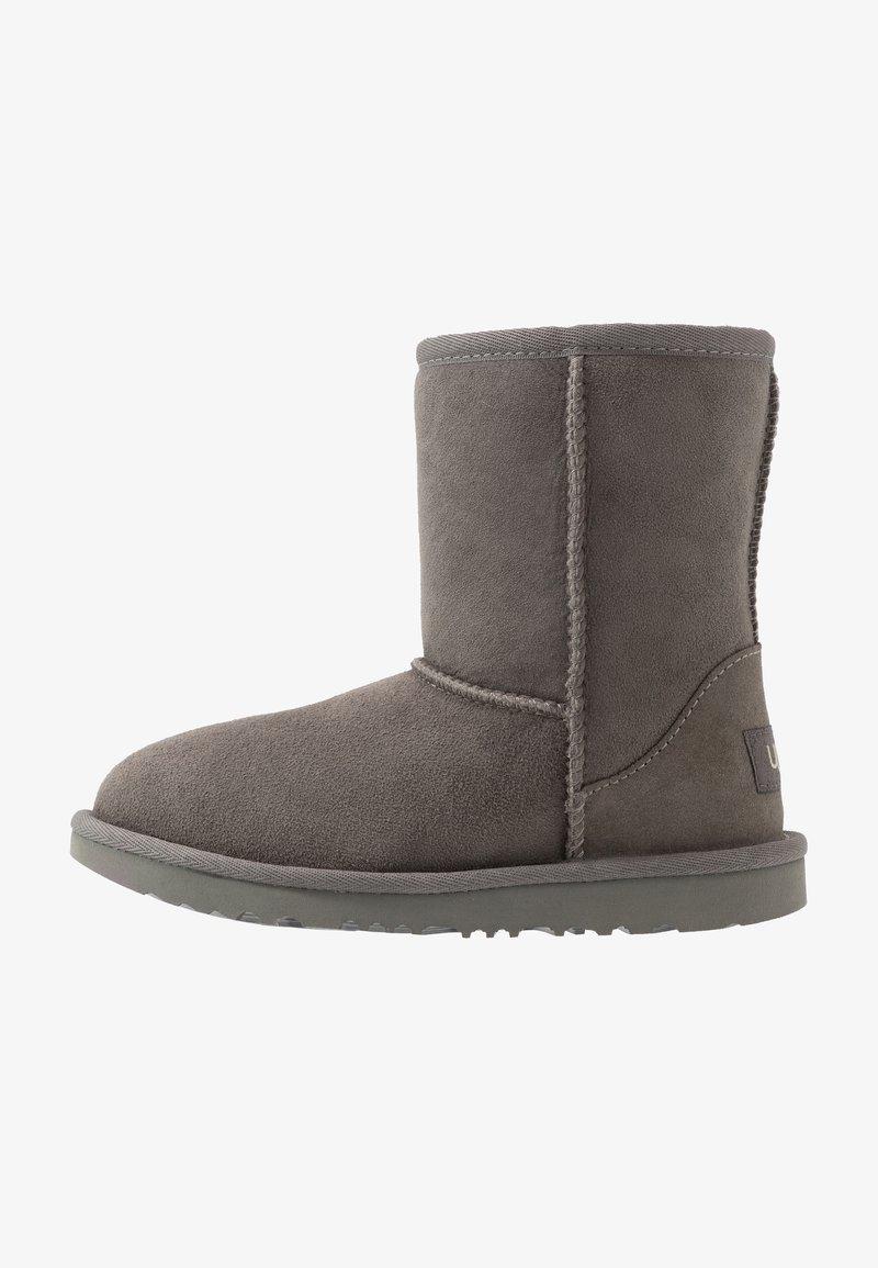 UGG - CLASSIC  - Kotníkové boty - grey