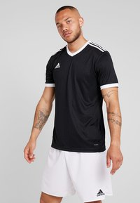adidas Performance - TABELA 18 - T-shirt med print - black/white - 0